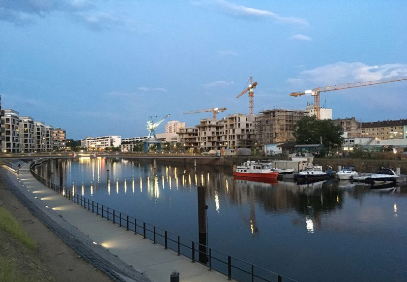 """Richtfest für """"Marina Gardens"""" im Offenbacher Hafen"""