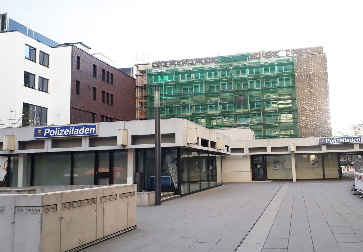 Aus Polizeiladen wird wieder Rathauspavillon